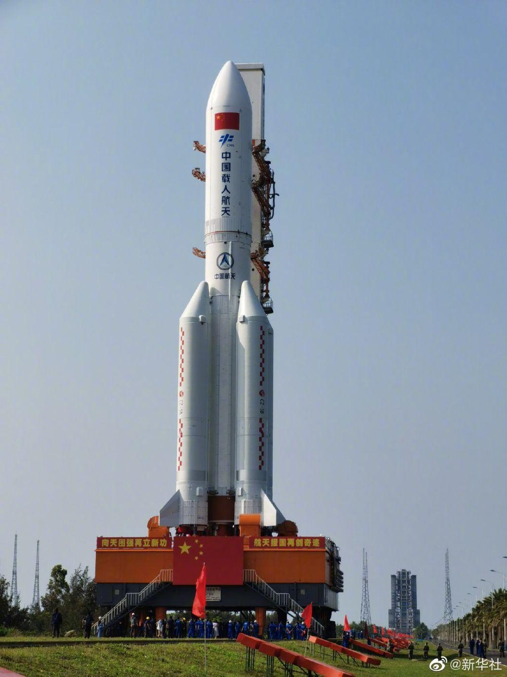 《【恒达娱乐登陆注册】中国空间站天和核心舱器箭组合体转运至发射区》