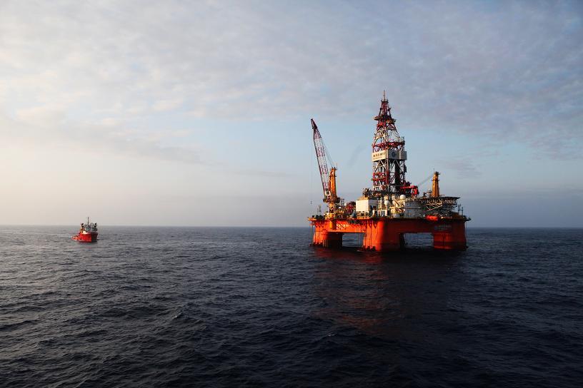 """这也是""""海洋石油981""""深水钻井平台投用以来,首次在深水领域获得的"""