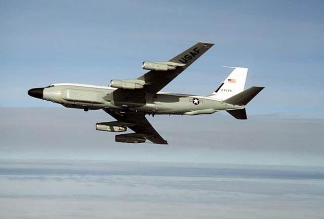 美侦察机使用的是民航飞机飞行的高度.
