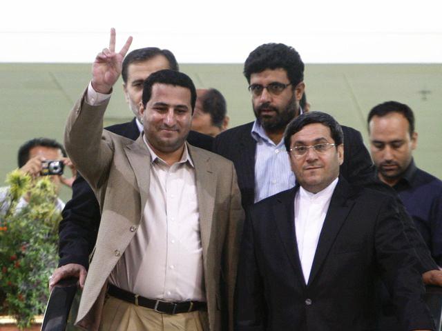 阿米里回到伊朗。(图片来源:新华/美联)