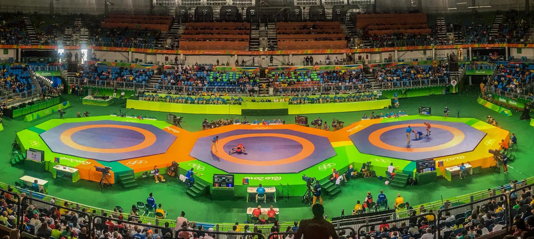 作为四届奥运会器材供应商,泰山体育在本届奥运会上为跆拳道、柔道、摔跤、田径、自行车等11个大项提供了近万件器材。新华社记者刘大伟摄