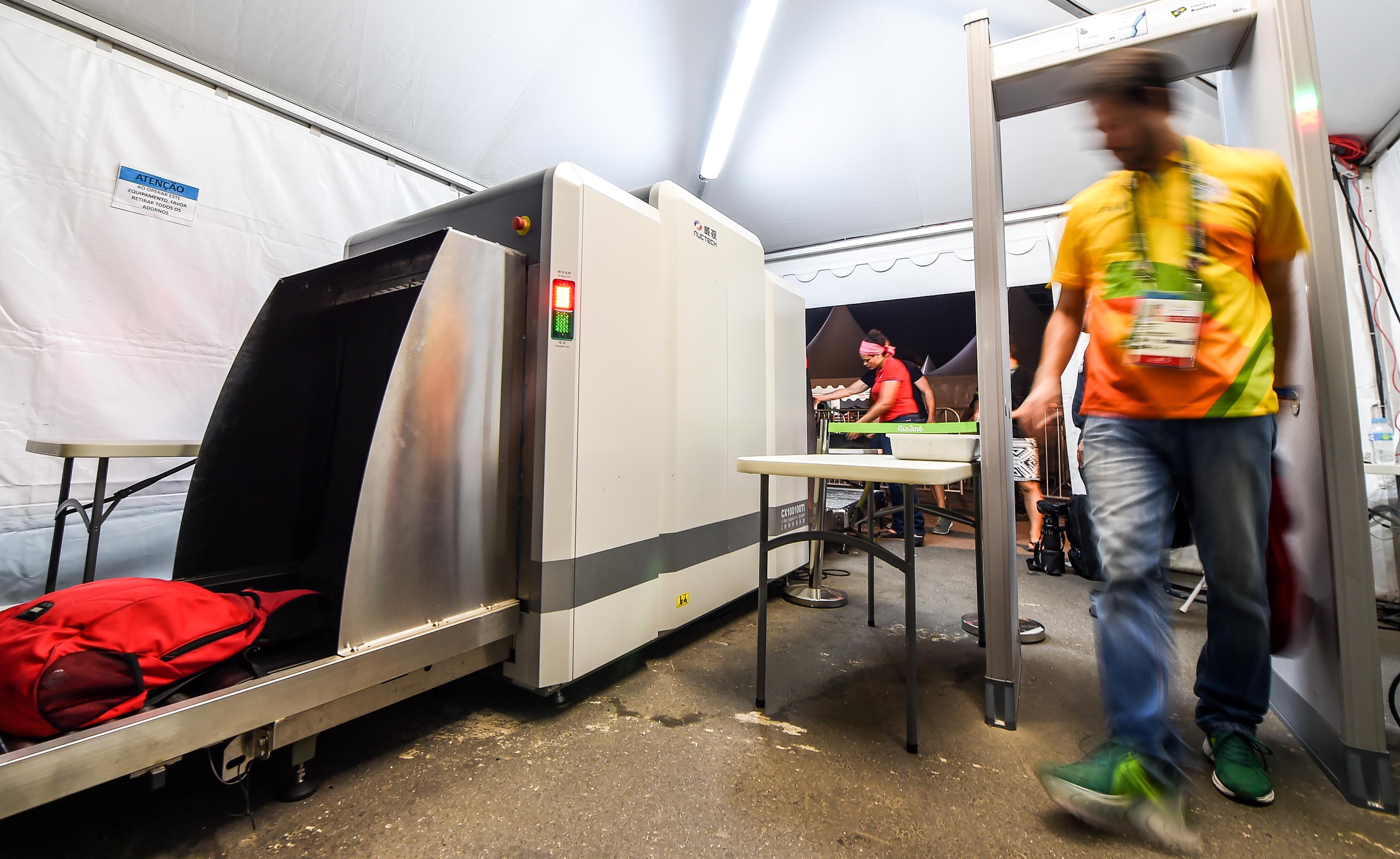 中国同方威视巴西子公司成为本届奥运会X射线安检设备的主要供货商。新华社记者王昊飞摄