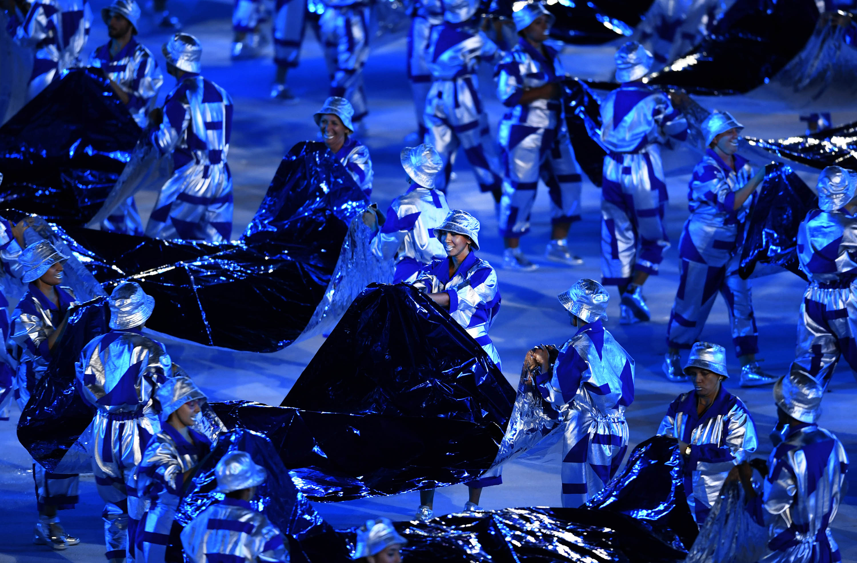 开幕式表演中,海洋的元素必不可少。新华社记者程敏摄