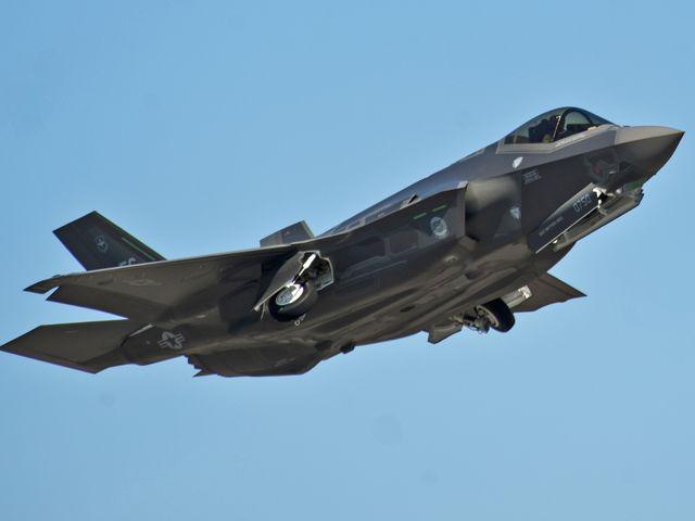 F-35A战机。(图片来源:新华/路透)