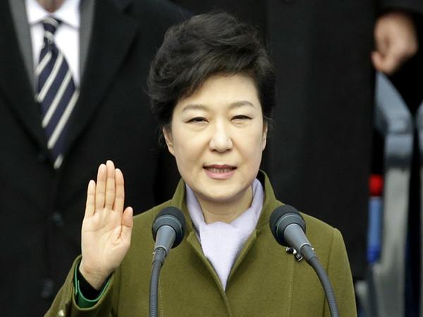 韩国总统朴槿惠将校园暴力称为危害韩国社会的四大恶根,上台之初誓言在任内大力根除这一毒瘤。(新华社发)