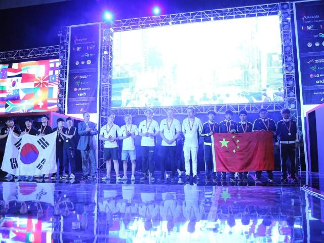 中国队夺得《反恐精英:全球攻势》项目亚军。