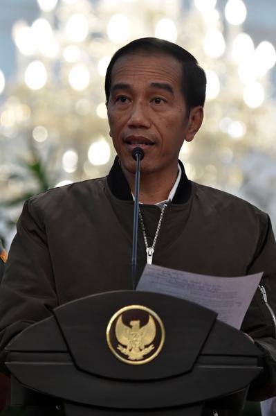 2016年11月5日,印度尼西亚总统佐科·维多多在首都雅加达发表演讲。(新华/路透)