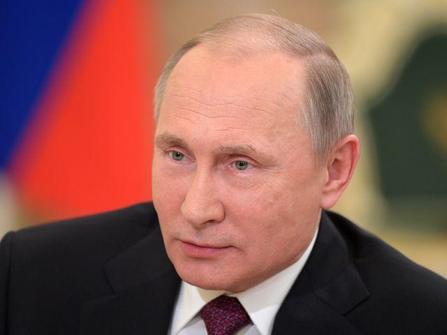 俄罗斯总统普京接受日本记者采访。(新华/美联)