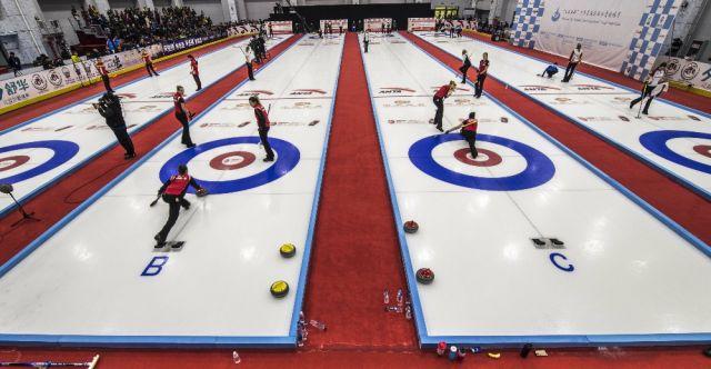 国际冰壶邀请赛青海多巴开幕