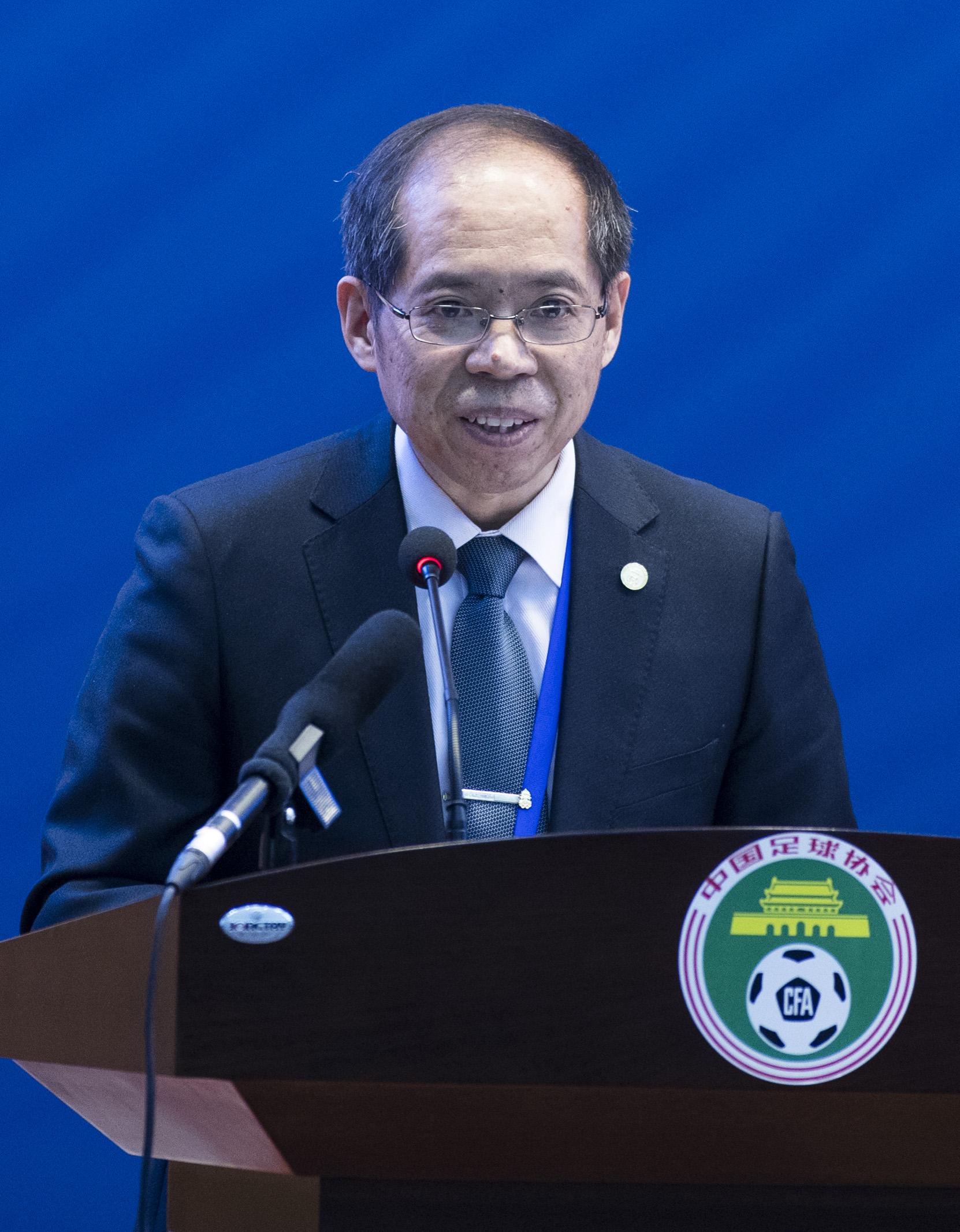 中国足协常务副主席张剑在会议上。新华社记者肖艺九摄