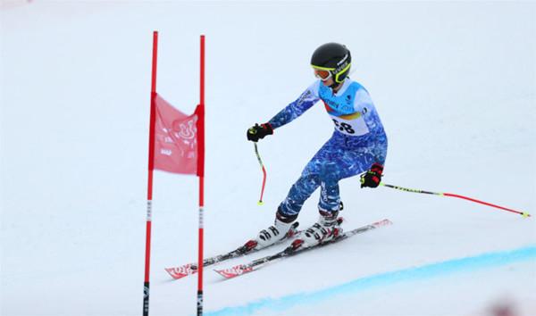 ↑图为逯馨参加本届大冬会比赛照片。大体协胡申飞摄