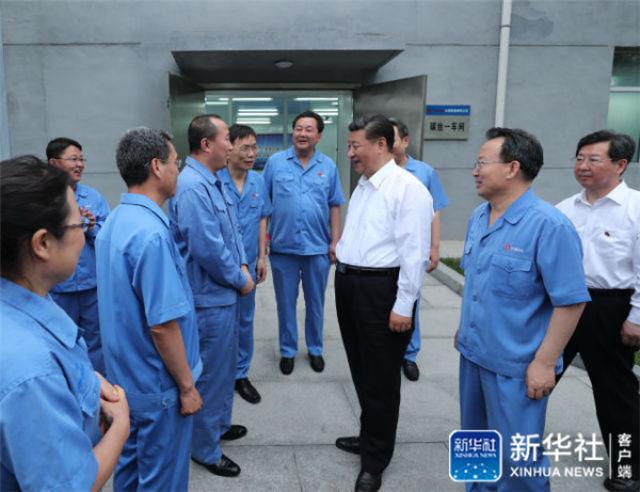 习近平总书记在山西考察企业 强调发扬工匠精神