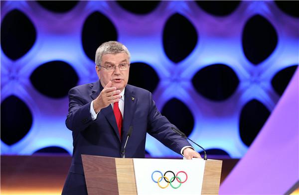 国际奥委会主席巴赫在国际奥委会会议上发言 新华社发