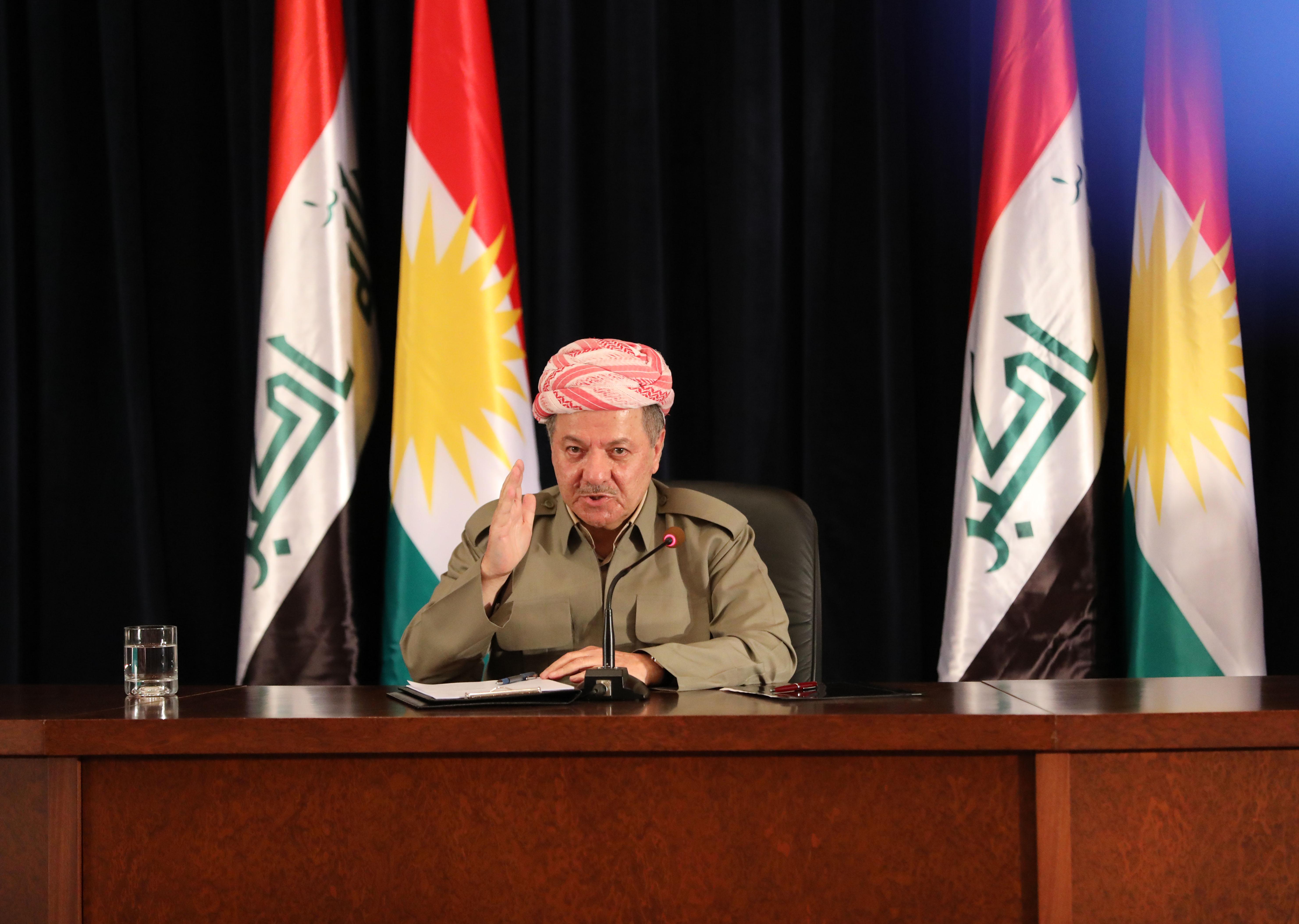 9月24日,在伊拉克埃尔比勒,伊拉克库尔德自治区(库区)主席马苏德·巴尔扎尼出席记者会。(新华社发 哈利勒·达伍德摄)