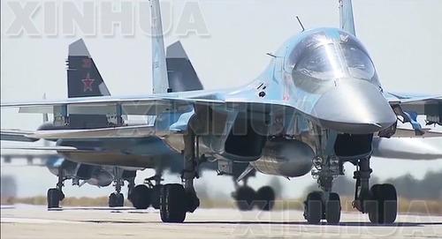 2016年3月15日,俄罗斯空天军战机由叙利亚基地起飞,返回俄罗斯。(新华社/卫星社)