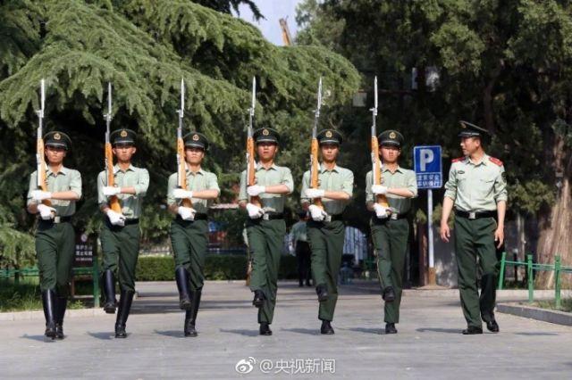 今天,向国旗护卫队战士们致敬,告别! 新湖南www.hunanabc.com