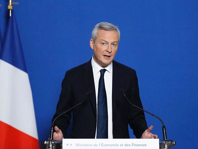 1月12日,法国经济部长布鲁诺·勒梅尔在巴黎举行的新闻会上发表讲话。(新华/法新)