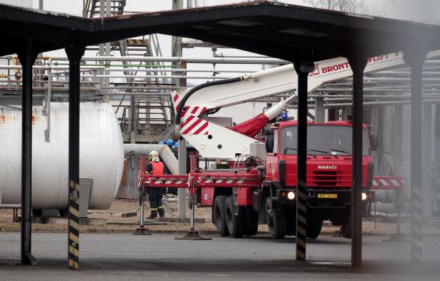捷克一家化工厂发生爆炸造成6人死亡