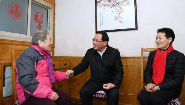 """新华社:管好""""小事""""就是治理""""大事"""",上海探索社会治理创新辩证法"""