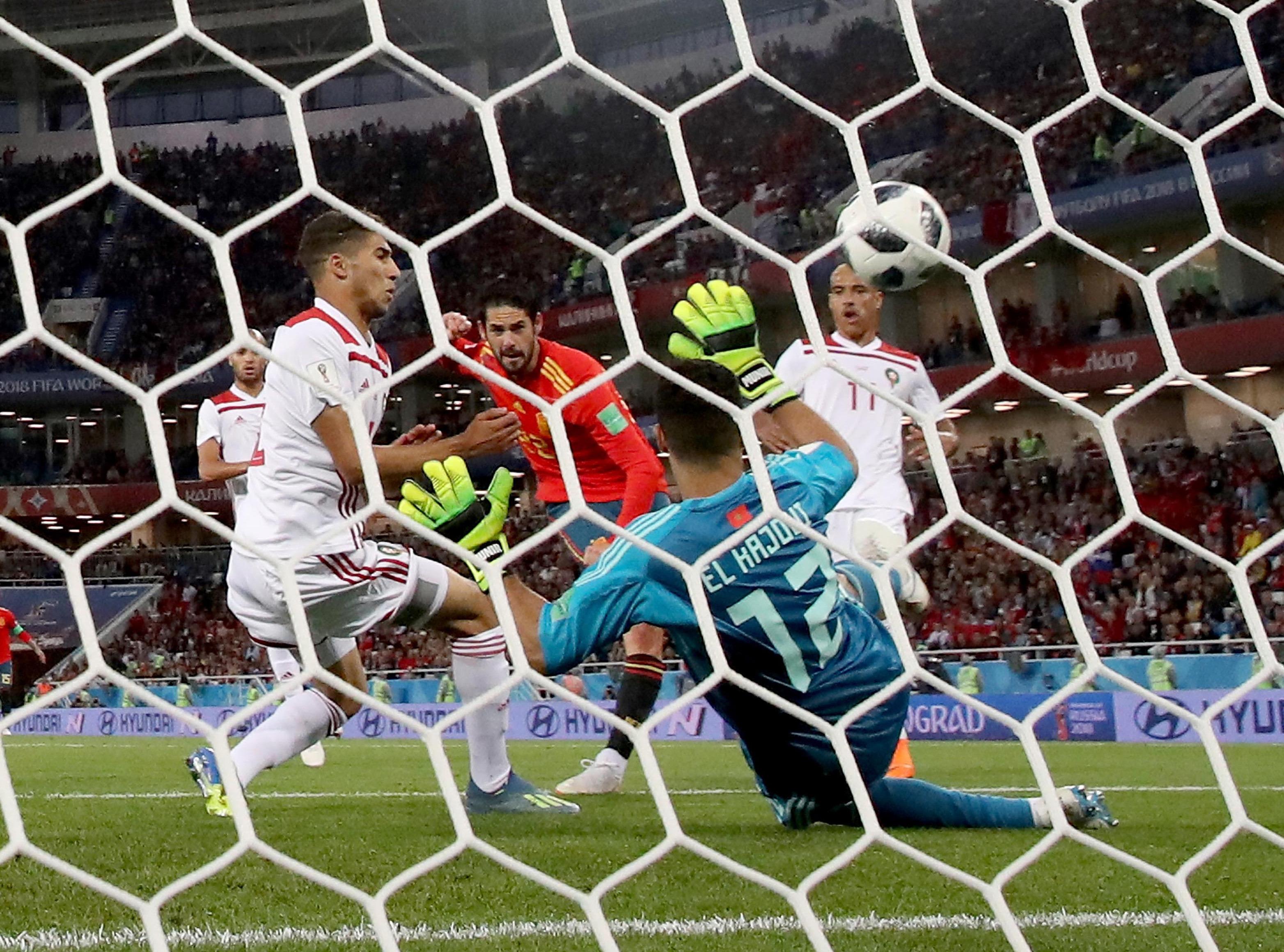 世界杯|西班牙队平摩洛哥队小组头名出线