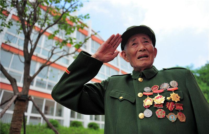 气壮山河的凯歌 永载史册的丰碑——写在中国人民志愿军抗美援朝出国作战70周年之际(图10)